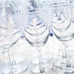 Bicchieri brillanti come nuovi